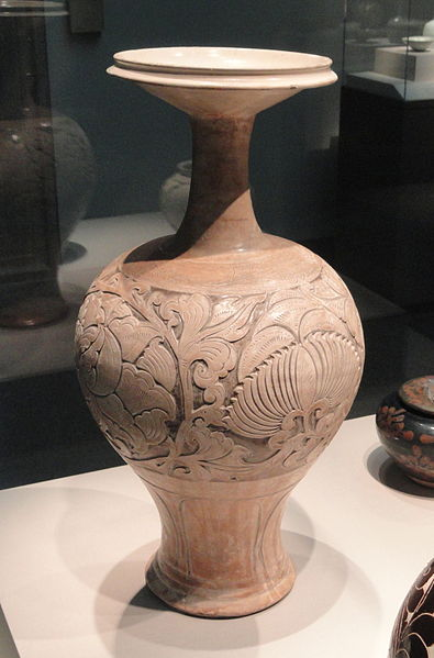 Bottle, Cizhou ware, Henan province, China, Northern Song dynasty, mid-10th-11th century AD, stoneware with white slip under transparent colorless glaze - Freer Gallery of Art - DSC05565