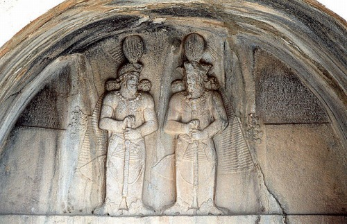 Taq-e Bostan - High-relief Shapur II and Shapur III
