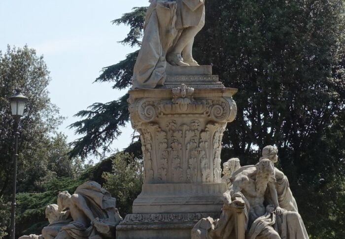 ボルゲーゼ公園ゲーテ像